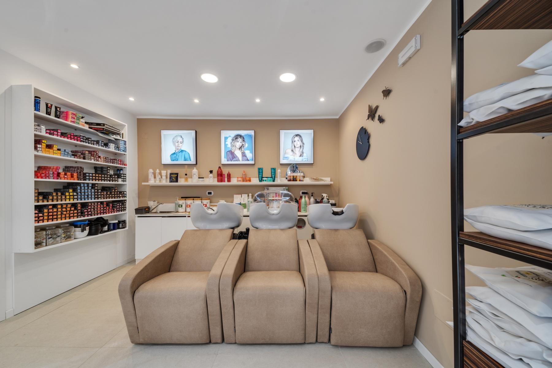 postazioni-lavatesta-e-vapore-compagnia-della-bellezza-gentile-group-by-amanda-villafranca-tirrena